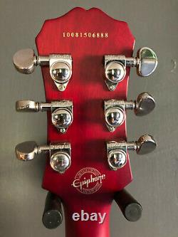 Epi Les Paul limited edition in unmarked condition. Very rare wine red. Stunning
