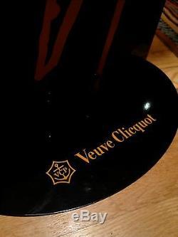 Collection Champagne Veuve Clicquot Standups Home Décor Très Rare Et Limitée