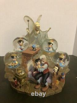 Disney Auctions Pinonchio Snow Globe. Édition Limitée. Très Rare