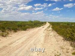 Ranch De 170,9 Acres Dans L'ouest Du Texas! Très Rare! Construit Sans Limites! Enquête