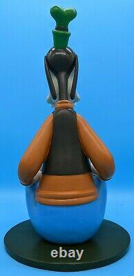 Walt Disney's Goofy 13,5 Huge Stone Resin Statue-limited Edition Très Rare