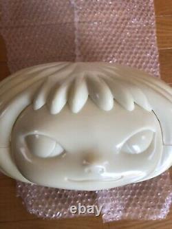 Yoshitomo Nara Gummy Girl Art Lumineux Très Rare Collectible De Japan Limited